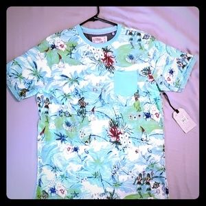 Mens Free Planet Hawaiian Tee Sz. XL New